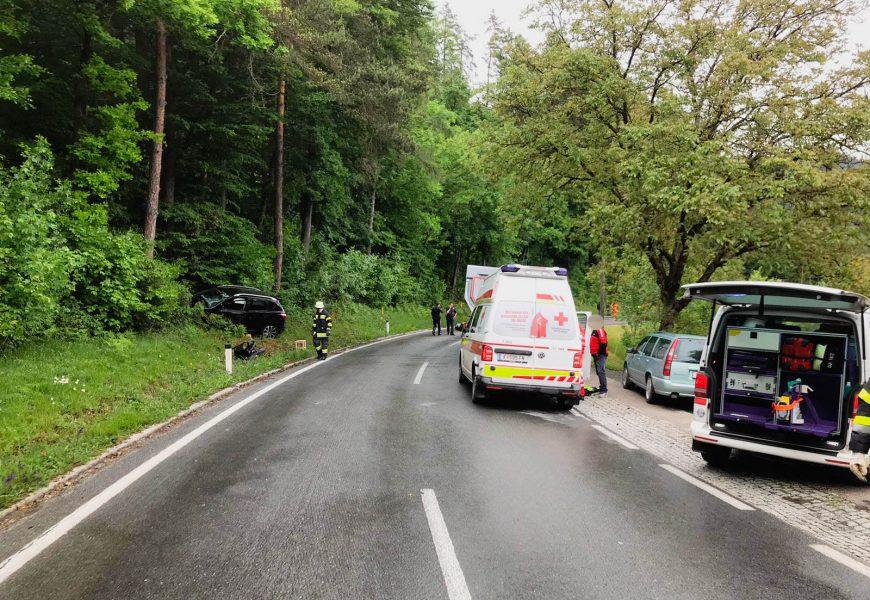 Schwerer Verkehrsunfall auf der Lavamünder Bundesstraße in Eis